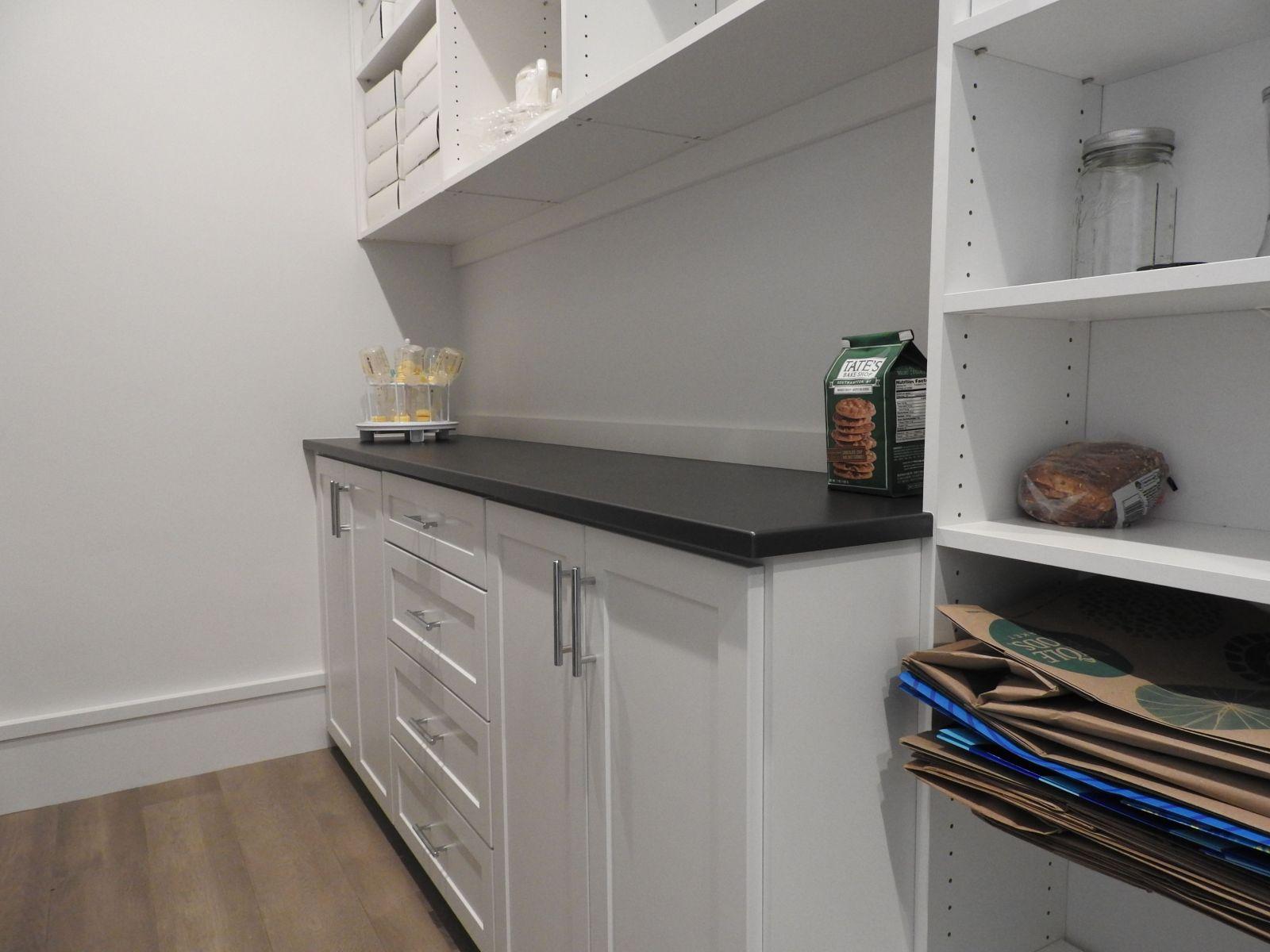 Closet-pic-pantry-1