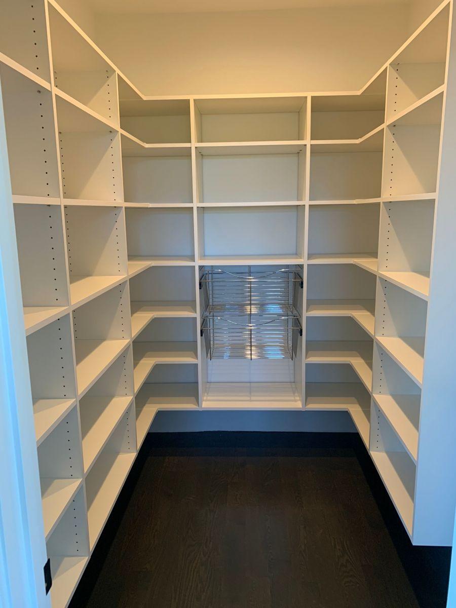 Closet-pic-pantry-4