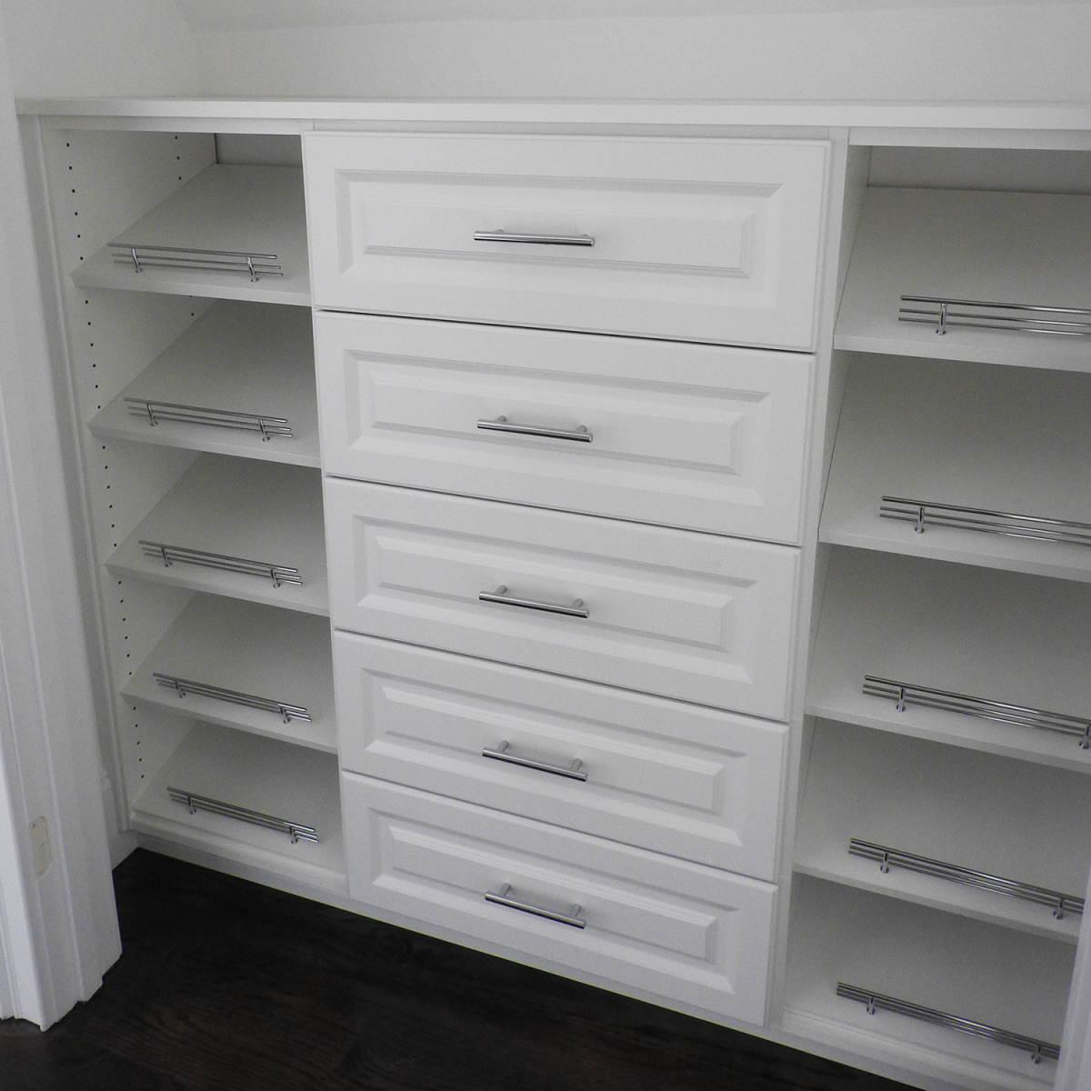 Walk-In-Closets-New-Drawers