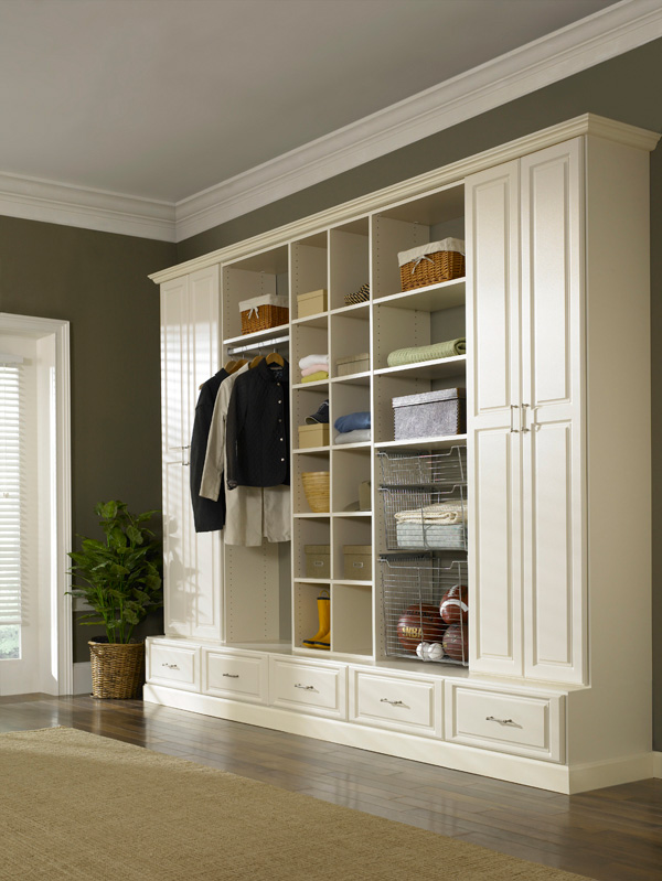 State-of-the-art Ivory closet cabinet design for Weston home