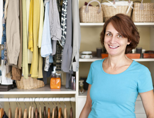 Easy Closet Decluttering Hacks for Messy People